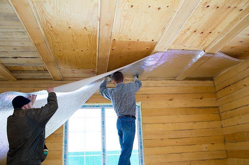 Фольгированное утепление потолка