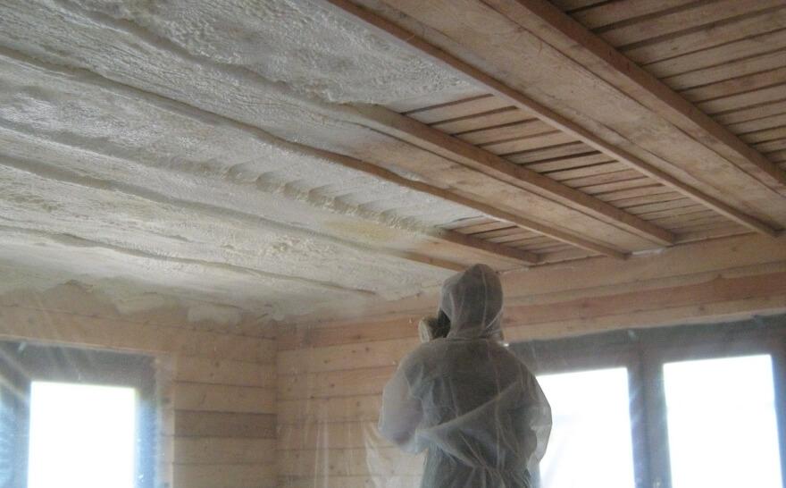 15 напыление на потолок изнутри