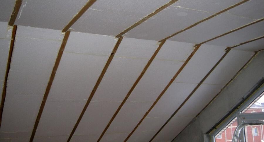 Утепление перекрытия чердачного по деревянным балкам. Теплоизоляция скатов крыши